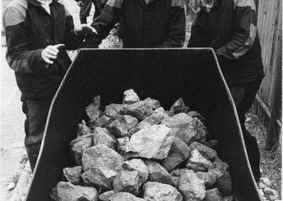 A Rozsnyói bányaiskolások gyakorlati oktatáson a Bányászati múzeumban, 1984